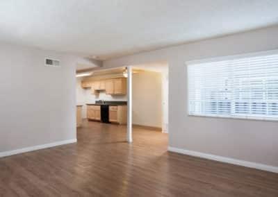 empty-spacious-apartment